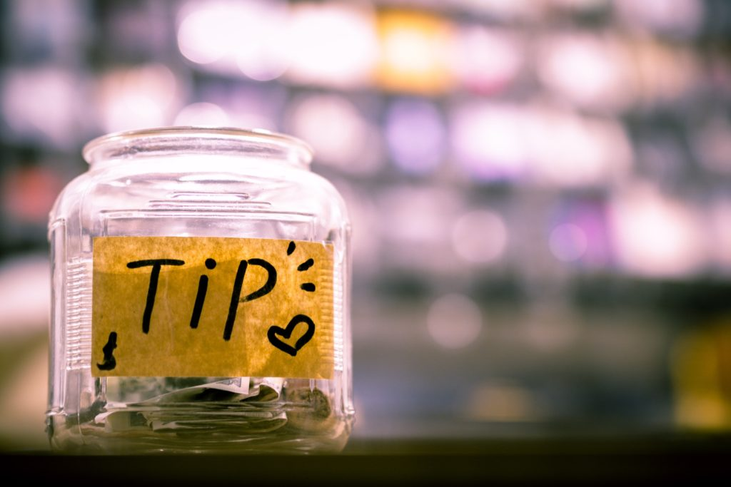 Tipping on a cruise ship tip jar