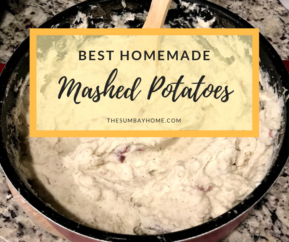 The Best Homemade Mashed Potatoes Recipe. This is a quick and easy way to make creamy mashed potatoes for your family using red potatoes and a few other simple ingredients. These mashed potatoes pair perfectly with a great steak or meatloaf, or just about anything else you could think of. Regardless of how you eat them, you will definitely enjoy them. TheSumbayHome.com #Food #Sides #Dinner #MashedPotatoes #Potatoes #MashedPotato #CreamyMashedPotatoes