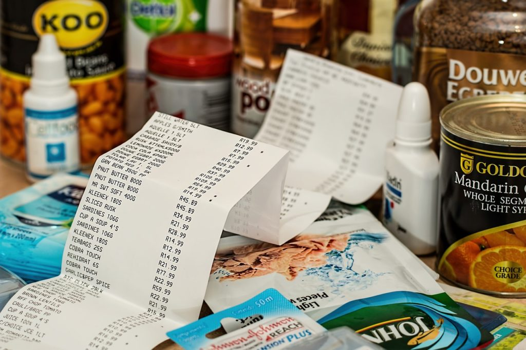 Save money Grocery Shopping - Save and check your receipts